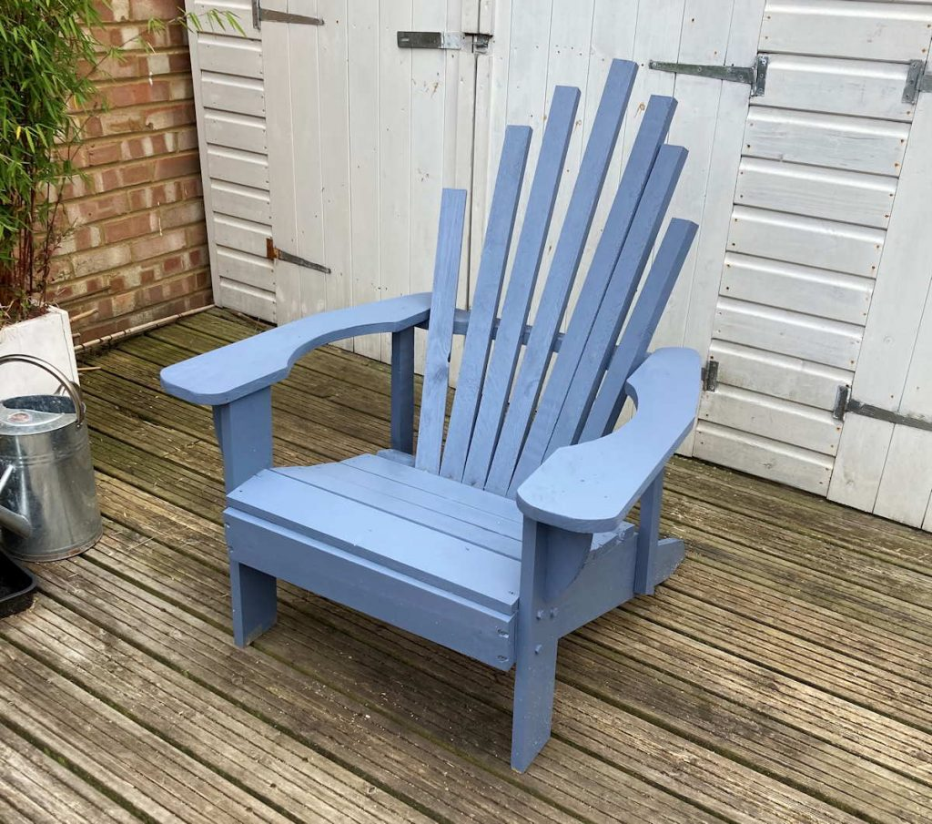 Adirondack chair from palettes painted blue